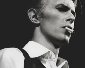 Bowie 1976 source: bowiegoldenyears.com