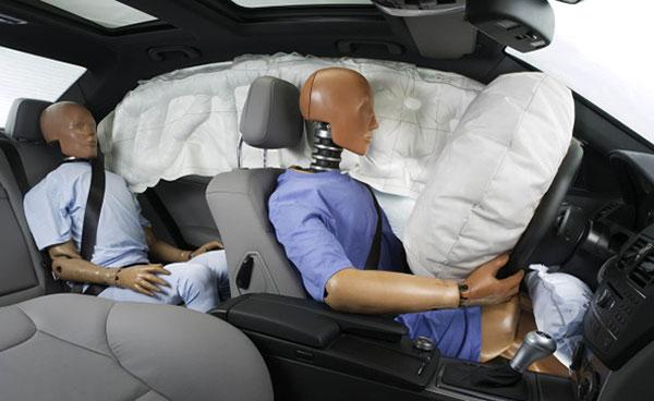 car-safety-dummies